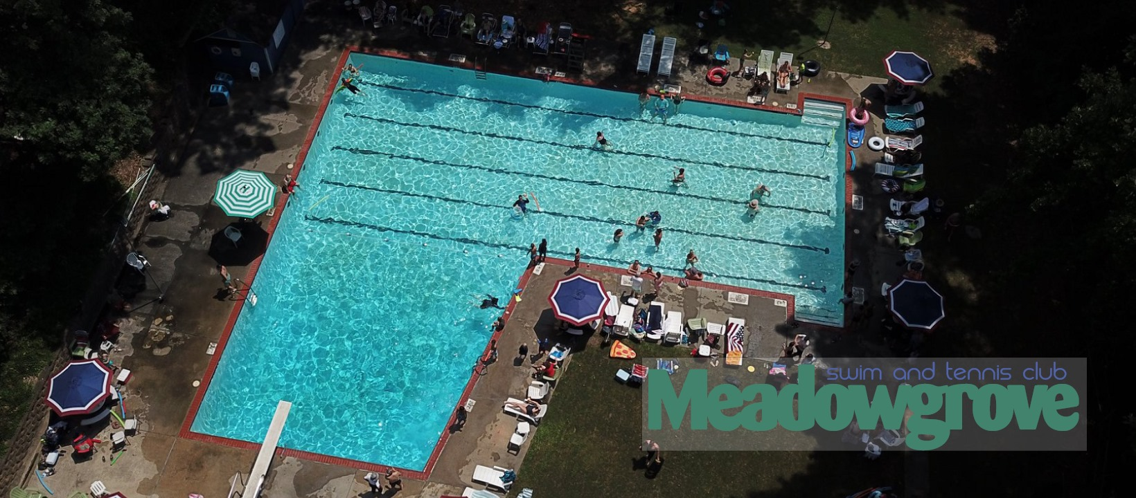 Meadowgrove Swim & Tennis Club - Aerial view